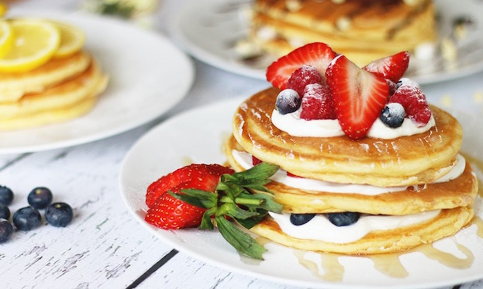 american pancakes with strawberries and bluberries